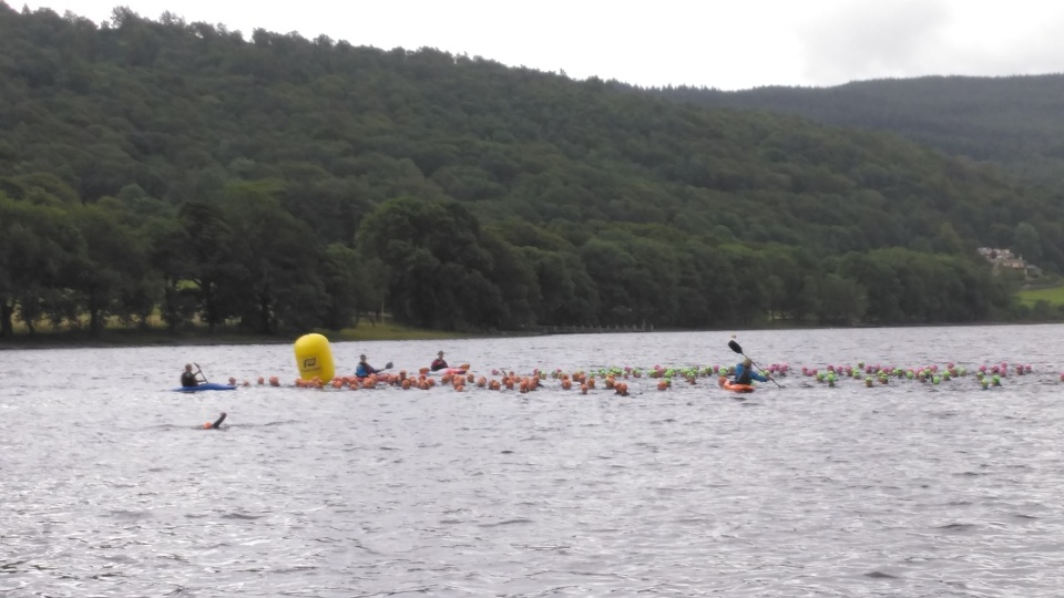 The waves lined up for the deep water start